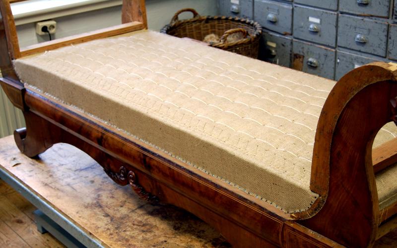 Polster Restaurierung Biedermeier Sofa Schritt 5