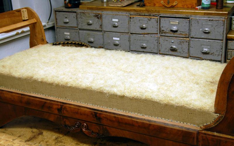 Polster Restaurierung Biedermeier Sofa Schritt 6