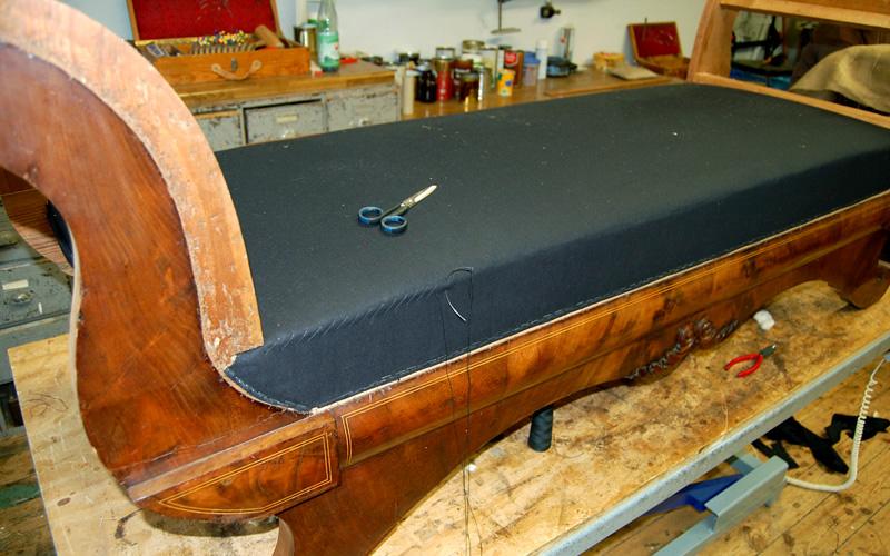 Polster Restaurierung Biedermeier Sofa Schritt 7