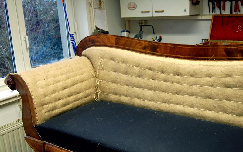 Polster Restaurierung Biedermeier Sofa Schritt 8